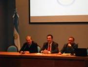 Conferencia-de-Marcelo-Gullo-en-la-UNNOBA-(Universidad-del-Norte-de-la-Provincia-de-Buenos-Aires)-en-la-ciudad-de-Pergamino,-prov-de-Buenos-Aires,-Argentina,-el-9-de-mayo-del-2014-3