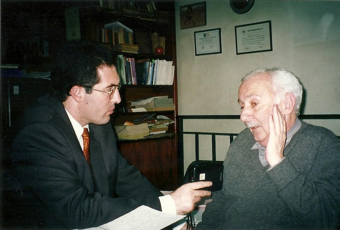 Marcelo Gullo entrevistando al historiador Norberto Galasso