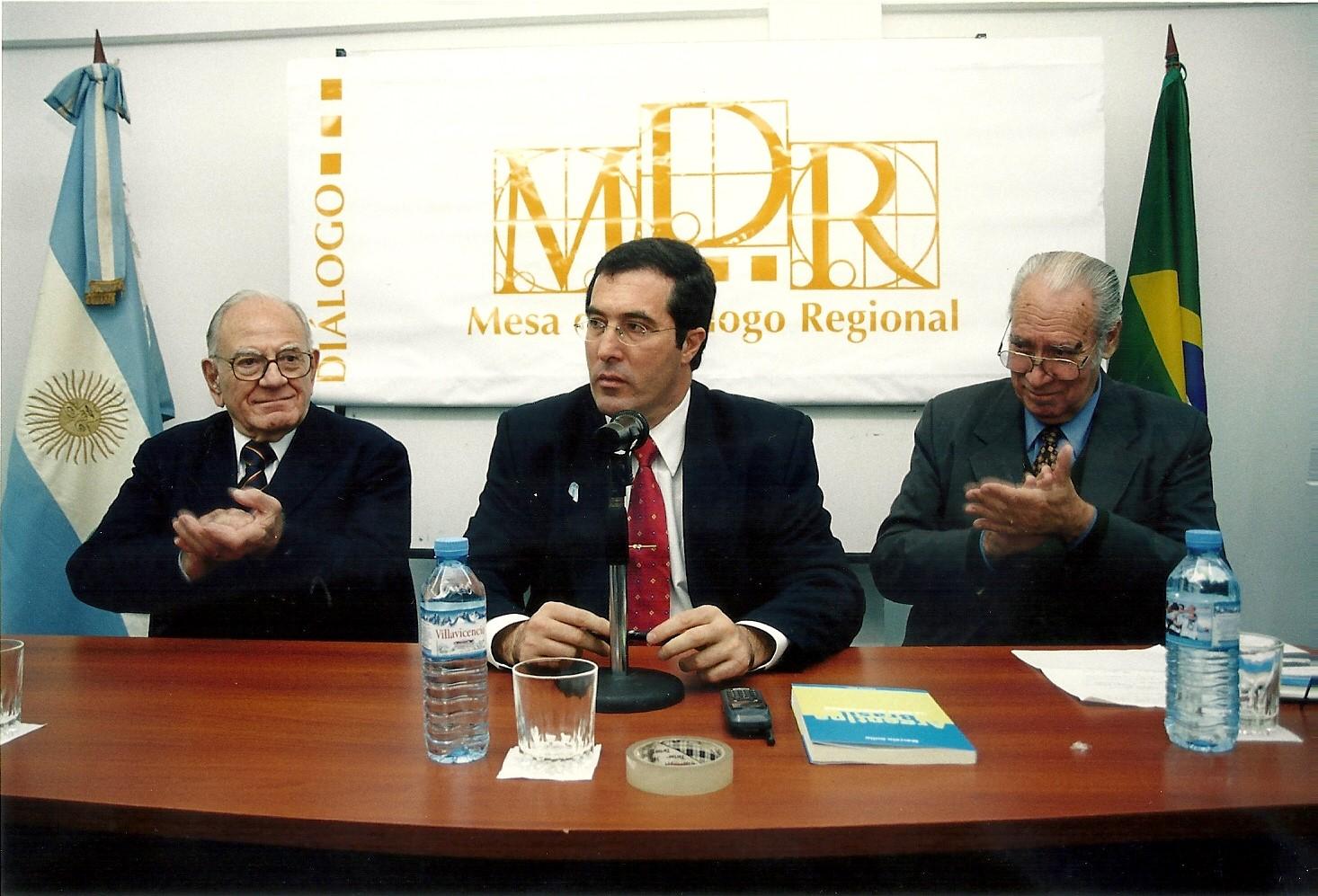 Marcelo gullo junto a sus mentores Helio Jaguaribe y Alberto Methol Ferre