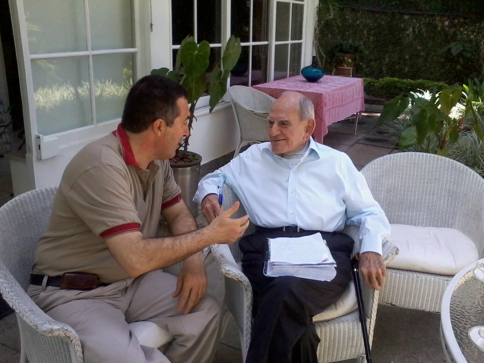 Conversando con Helio Jaguaribe en su casa el viernes 24 de oct del 2014